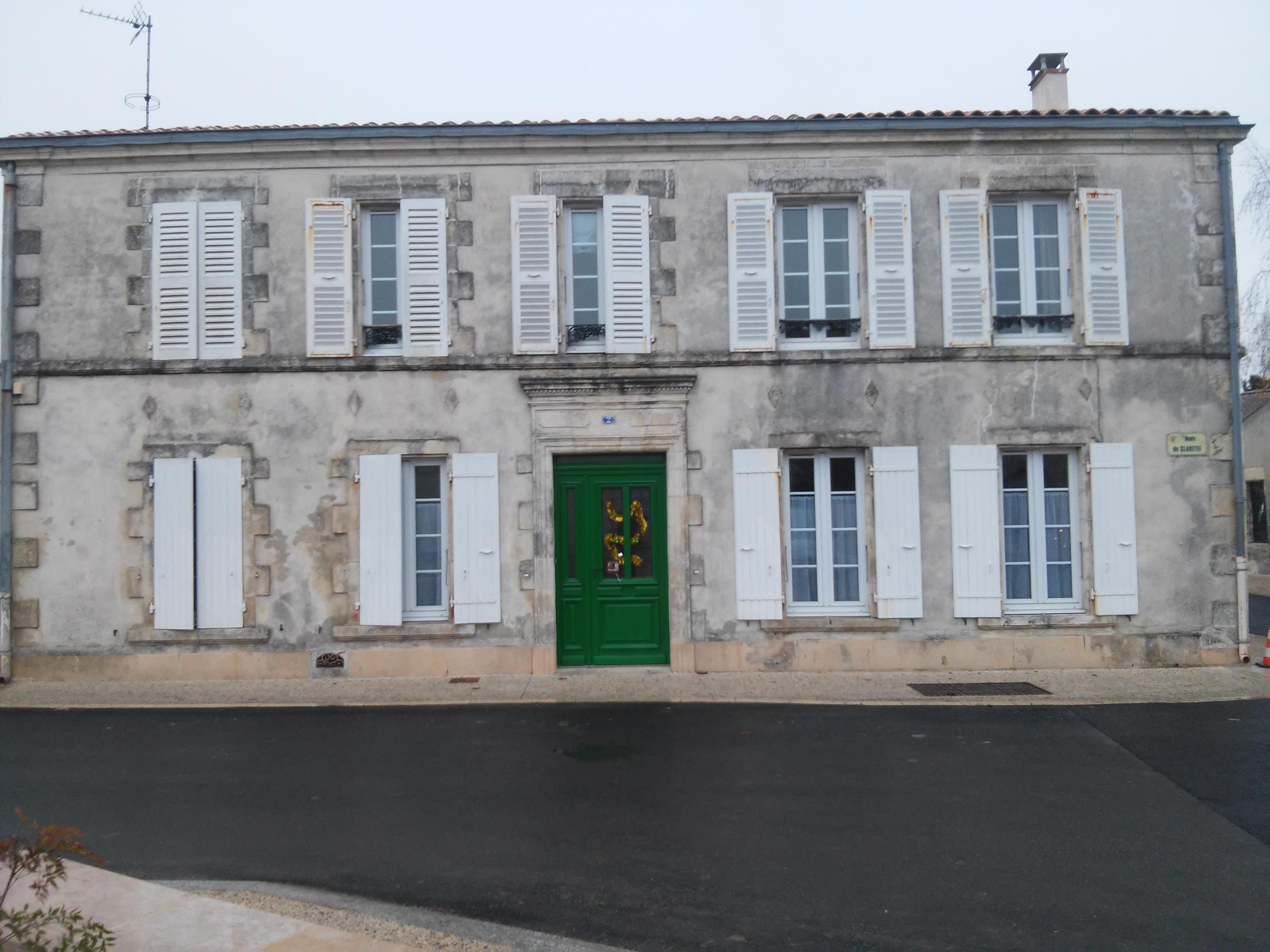 Maison Saint Esprit 1